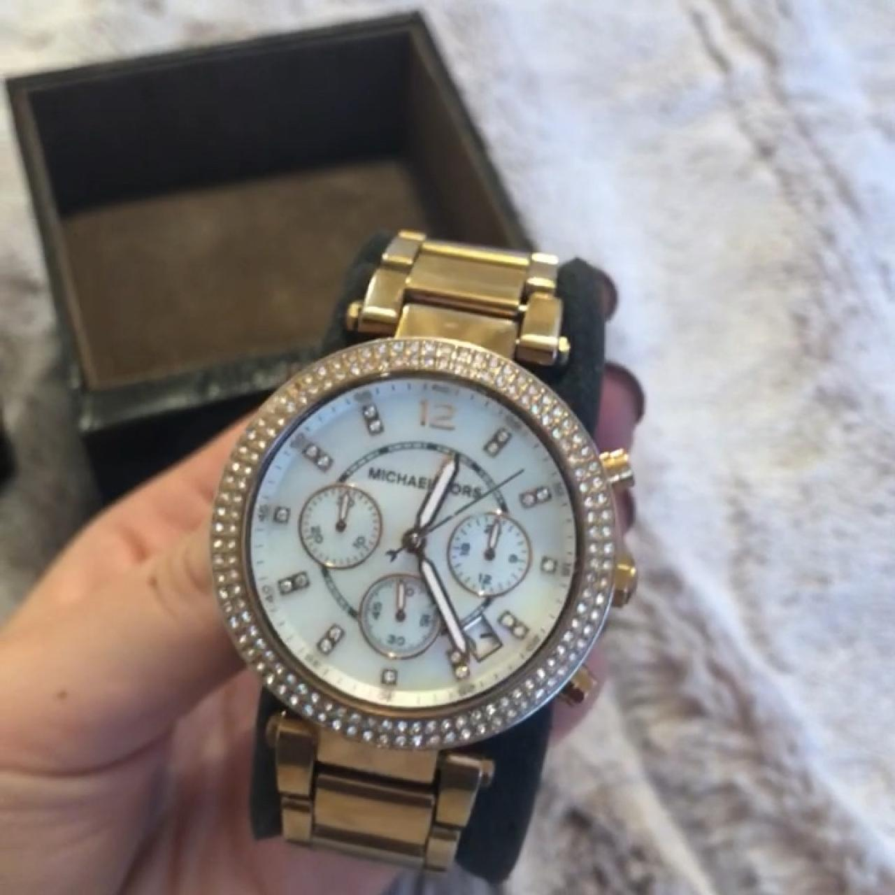9fd567fc5f0a MICHAEL KORS WATCH rose gold WITH PACKAGING LABEL AND EXTRA - Depop