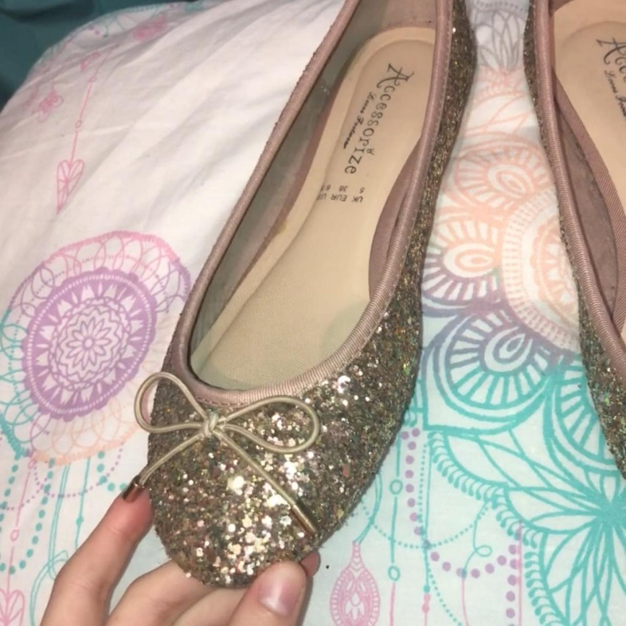 68f202c3a949 Stunning Sparkling Golden Flat Shoes from Accessorize🤩 ✨ at - Depop