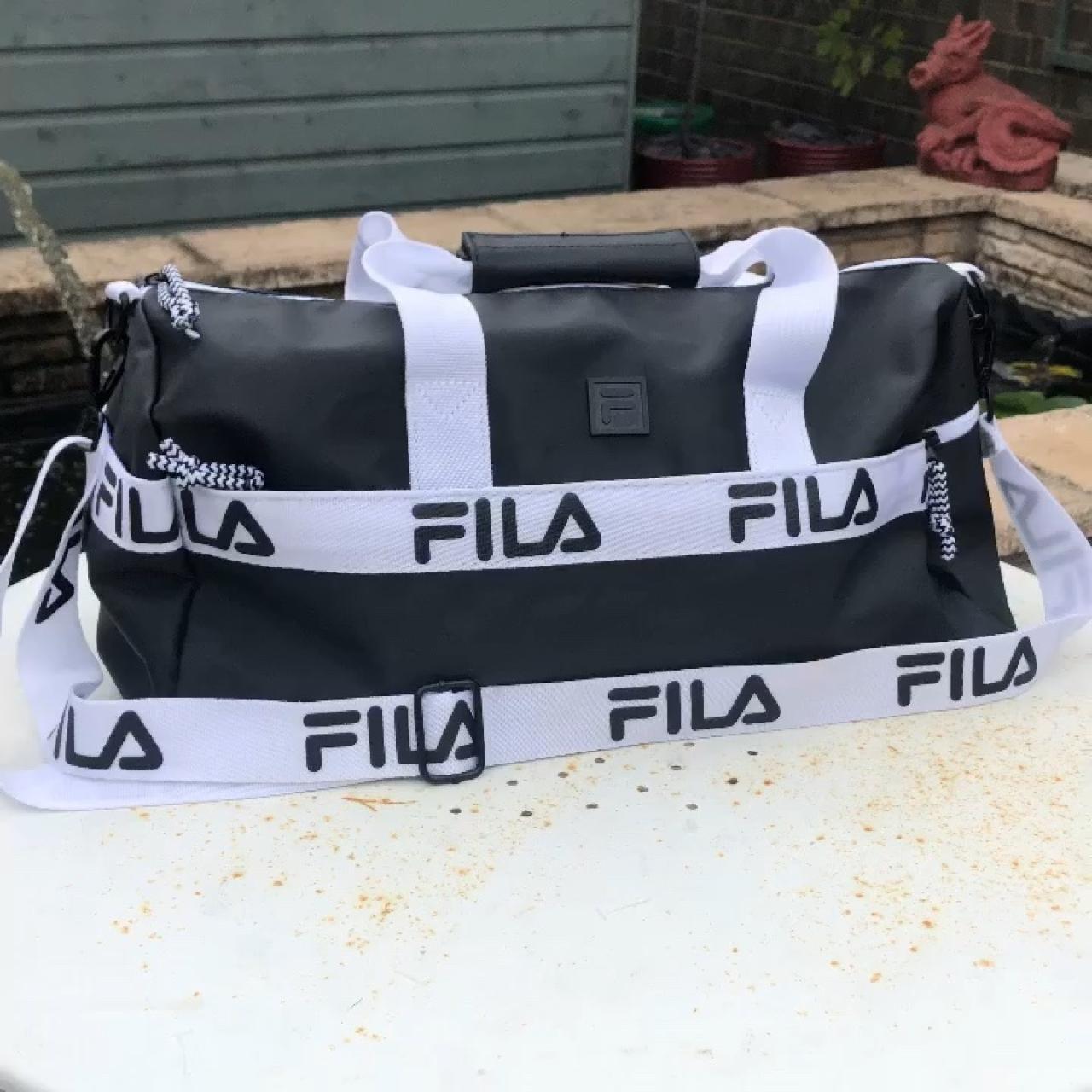Vintage Grail Fila Major Striped Duffle Bag strap with clip - Depop 9c696cd969cdb