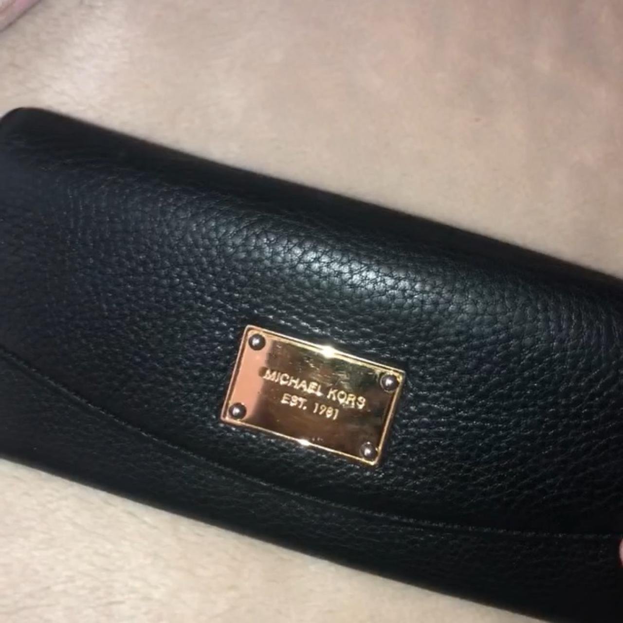 e23ce07e8a67 Michael Kors Wallet Pm before buying Used