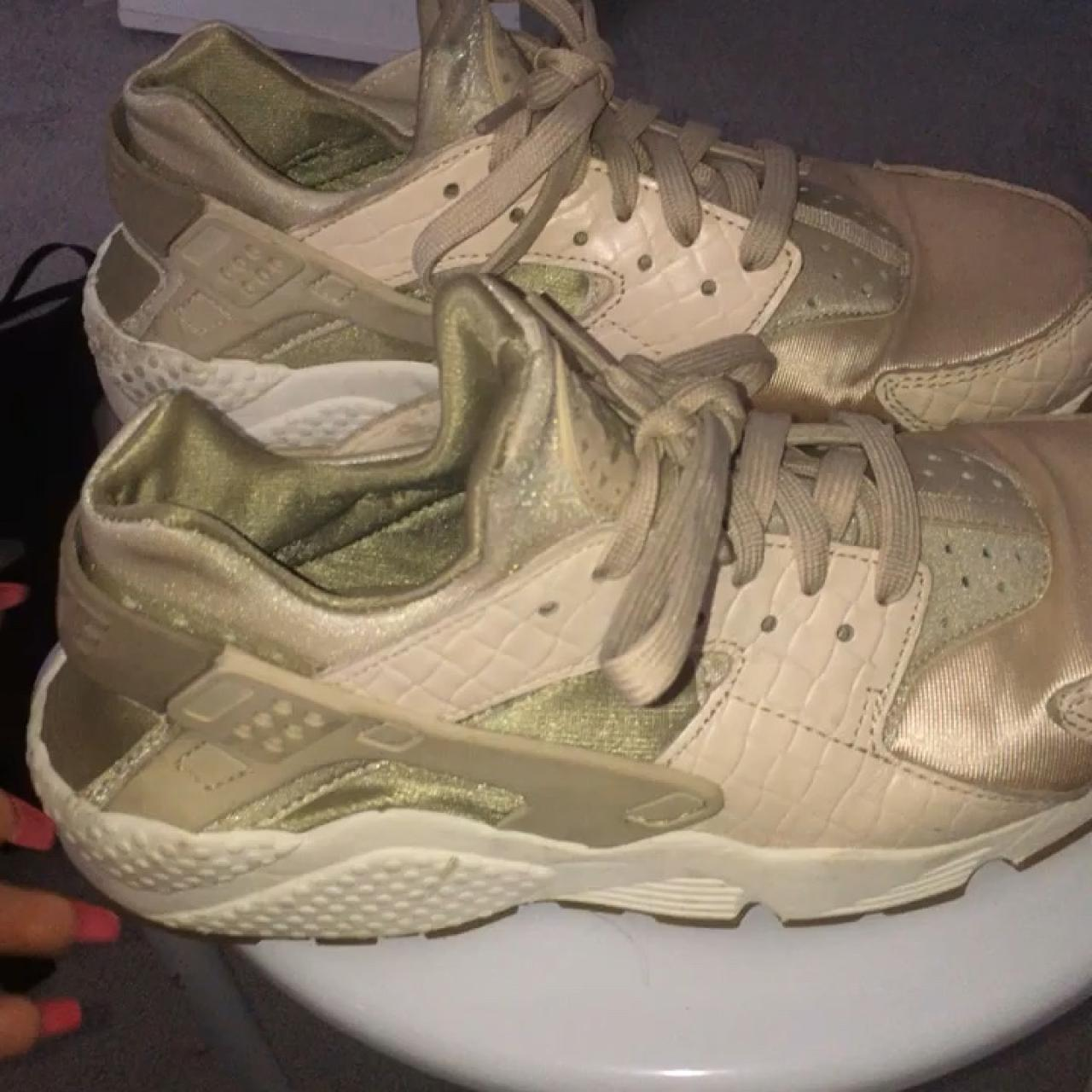 38067f0944 Nude / beige Nike huaraches • size 6.5 but would fit size 6 - Depop