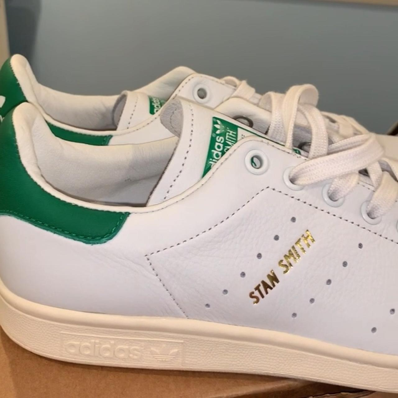 4819dcb141a Men s white green size 9 adidas Stan smiths. New