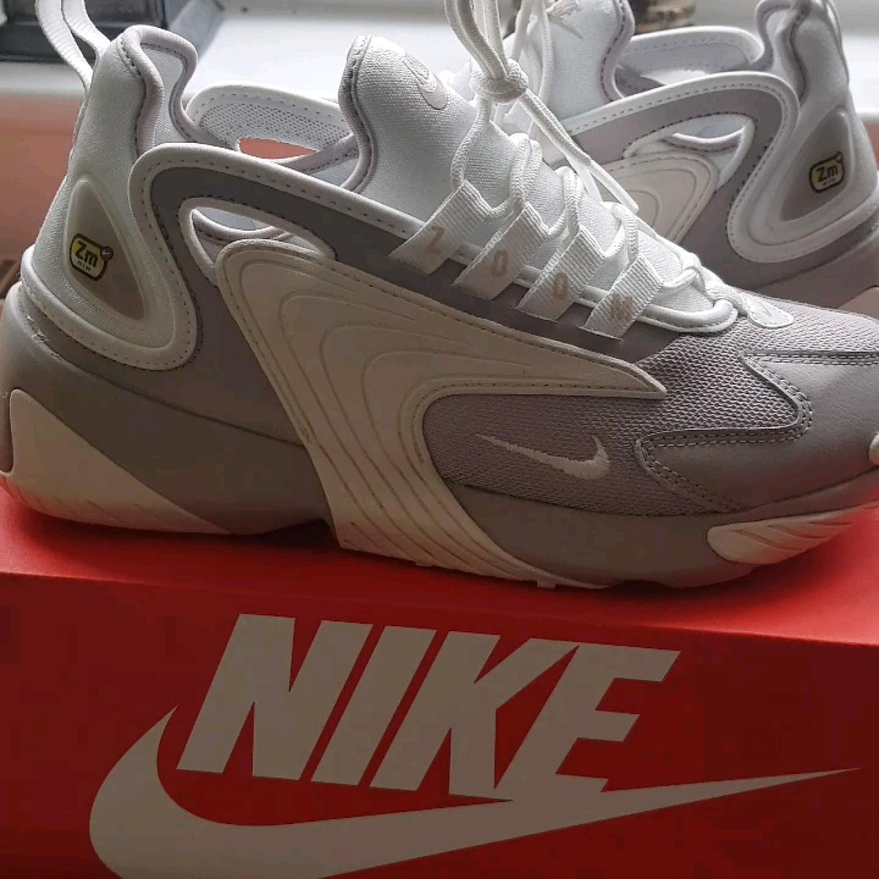 Nike ZOOM 2K womens trainers. Moon