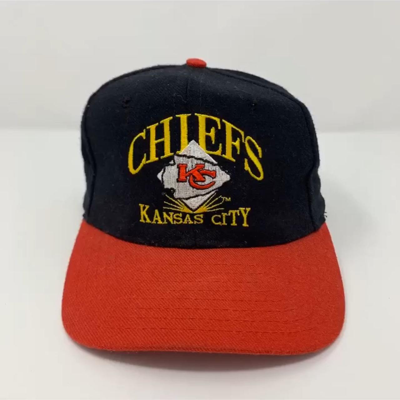 7ba41e35e0a823 🏈 Kansas City Chiefs 🏈 - Vintage KC Chiefs Cap - Snap on - Depop
