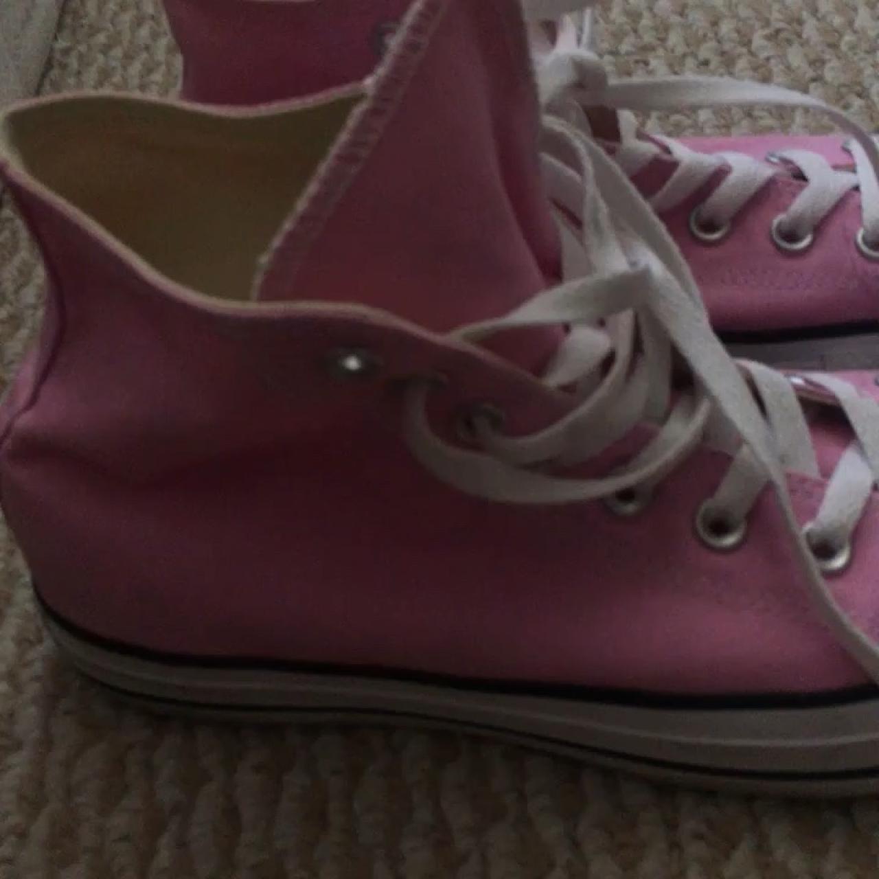 b198ffaa1565 Baby pink high top converse